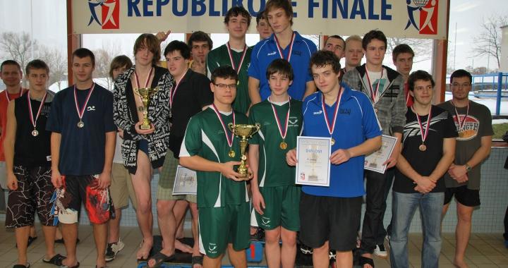 Republikové finále středních škol v plavání v Táboře