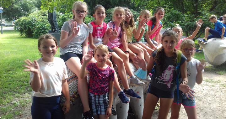 Foto: Letní kempy na ZŠ Englišova ve znamení sportu, přírody a médií